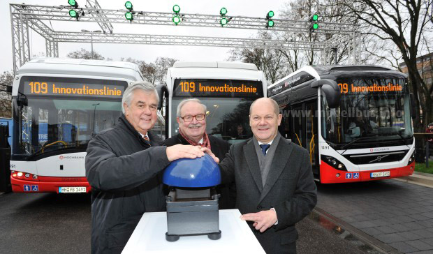 Hochbahn Horch Elste Scholz Start Innovationslinie - modellbus.info