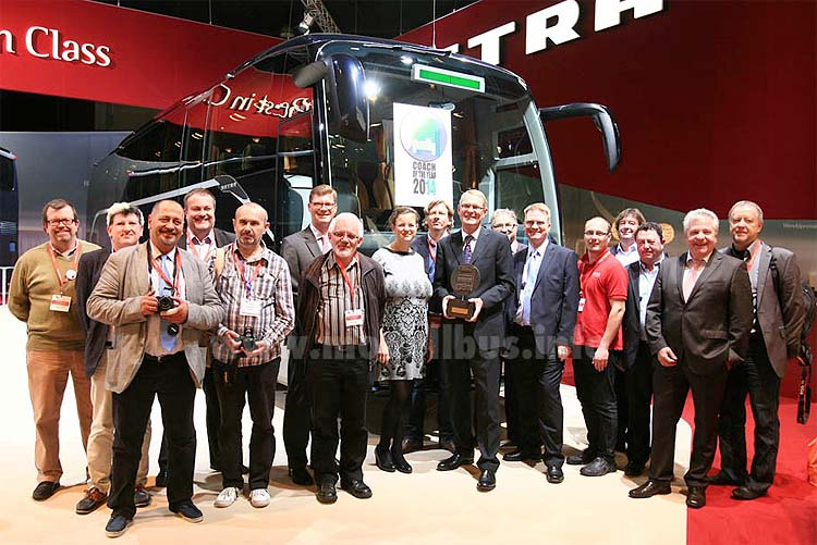 Coach of the year Jury 2014 Busworld Kortrijk - modellbus.info