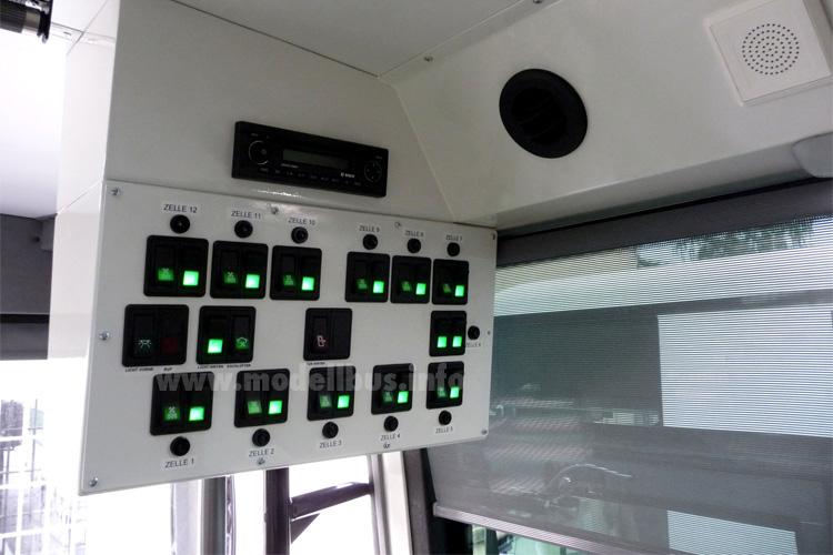 Sicherheitstechnik Gefangenentransport - modellbus.info