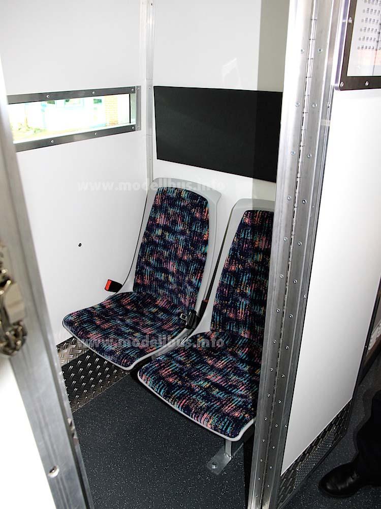 Zelle Gefangenentransport - modellbus.info
